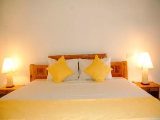 Private Room Pondok Alit Seminyak Bali