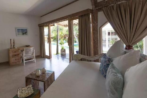 Contemporary Joglo Private Villa Berawa