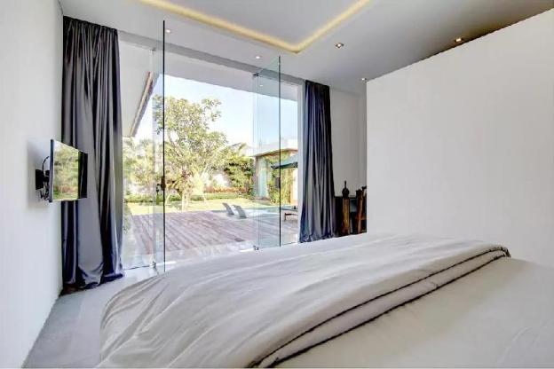 Luxury-Elegant Harmonius Private Villa Seminyak