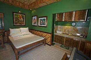 picture 2 of Villa Anastacia Room Green Room (Duplex1)