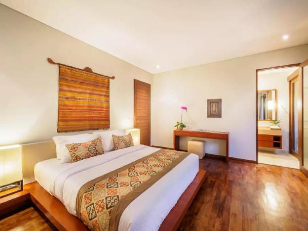 Villa Bougenville 10 Minutes to Canggu Beach
