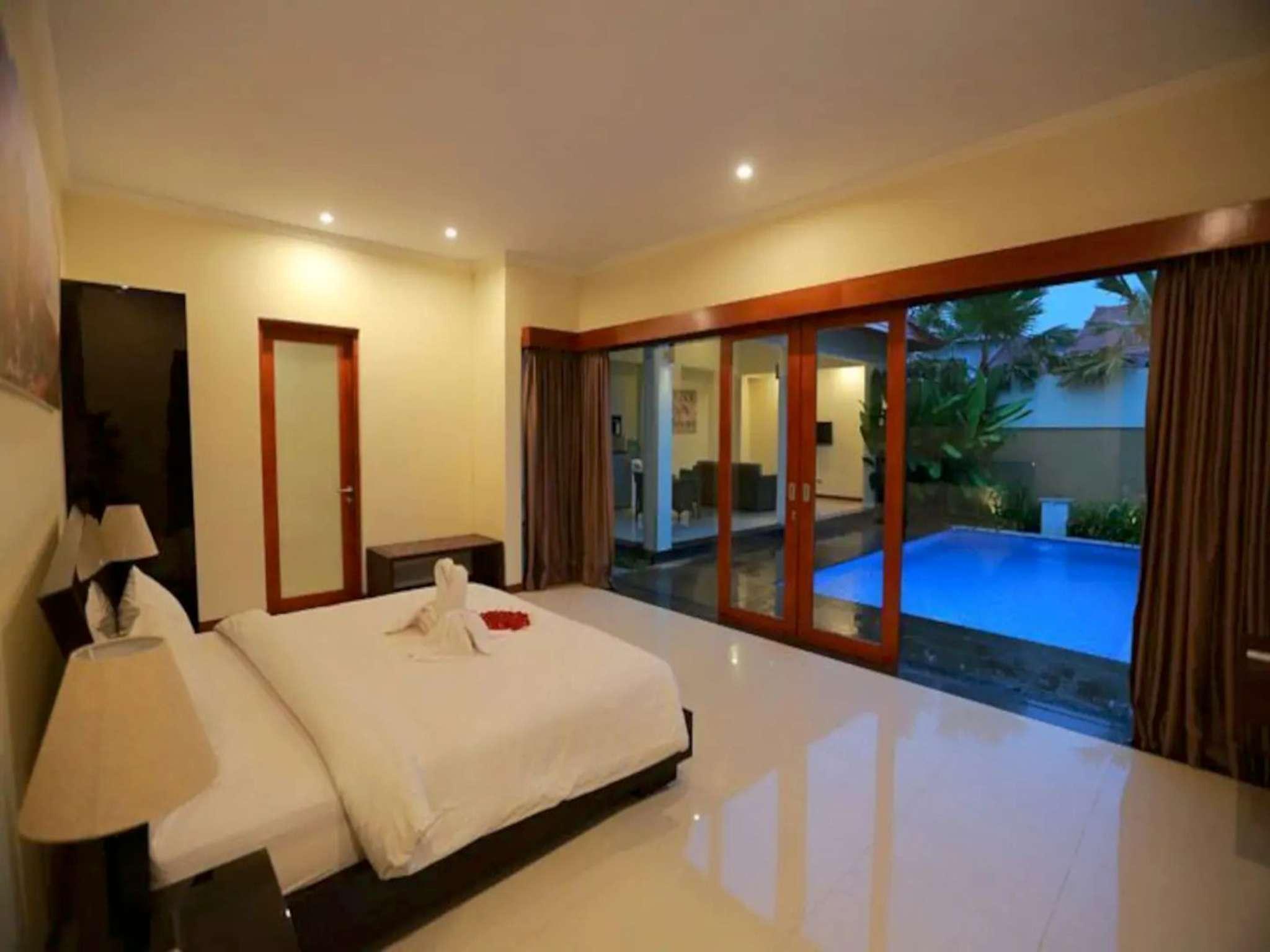 Amazing 1BR Private Pool Villa In Seminyak Bali