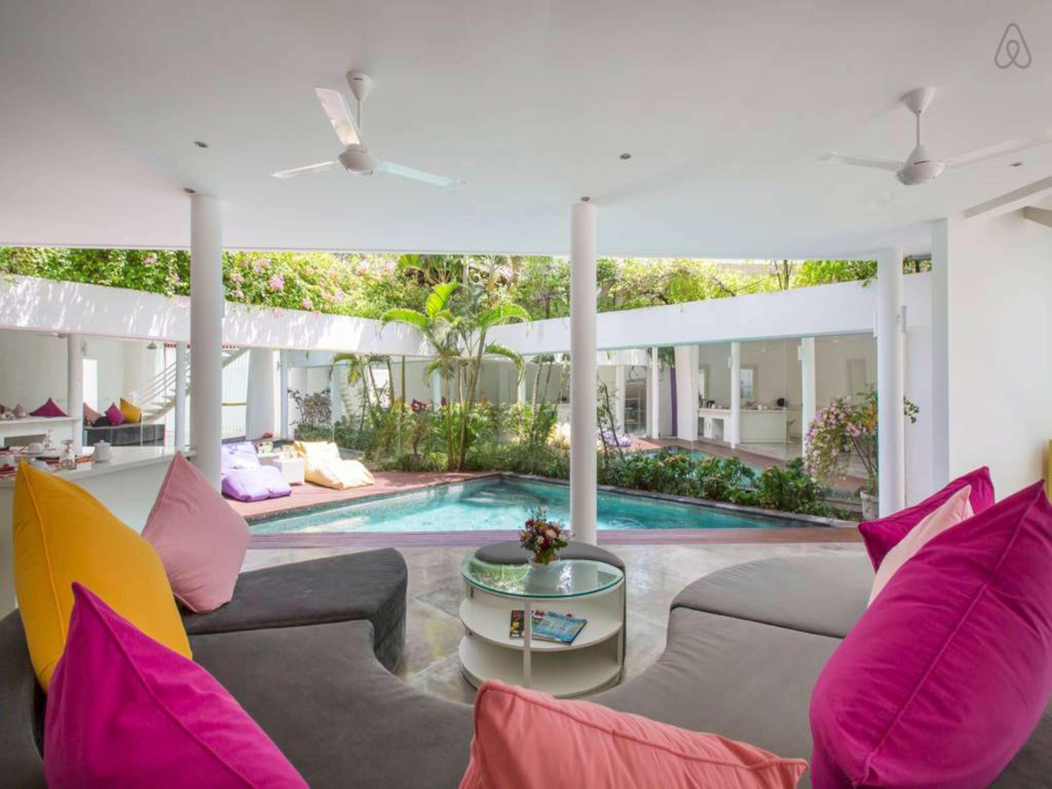3 Bedroom Luxury Villa 2 LA