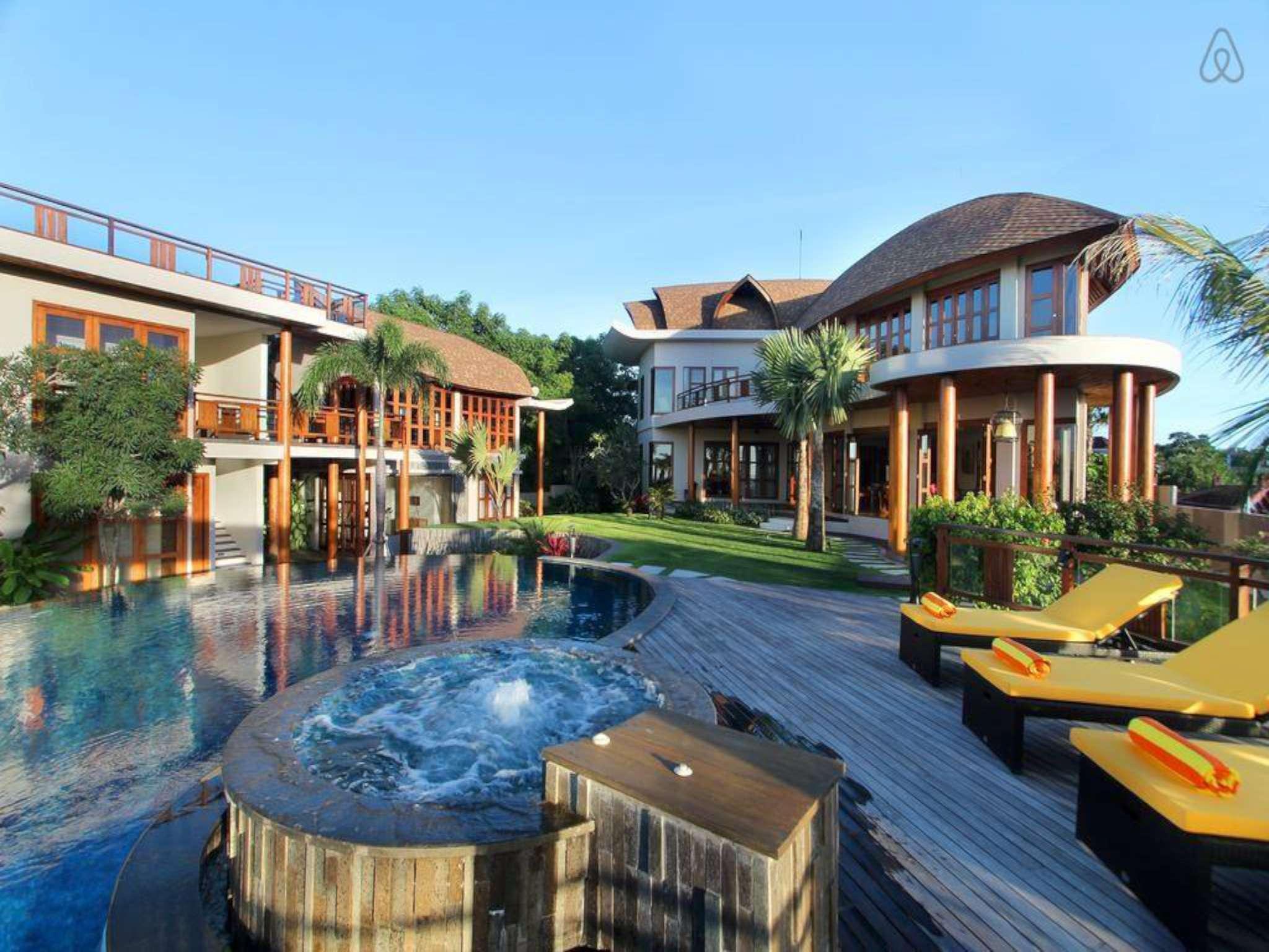 4 BDR Casa Bonita Private Pool Villa In Jimbaran