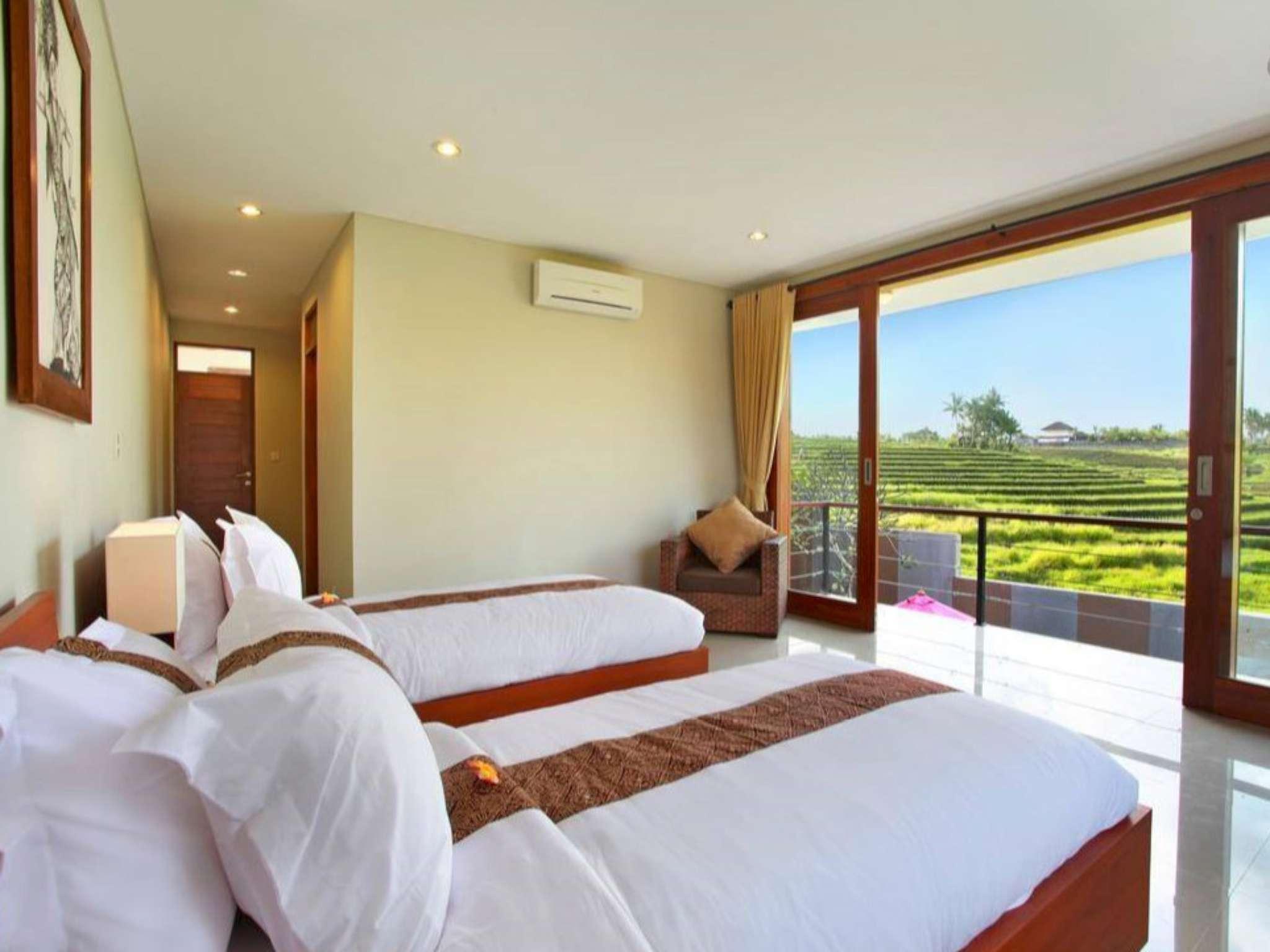 3 BDR Luxury Villas At Nyanyi Near Canggu