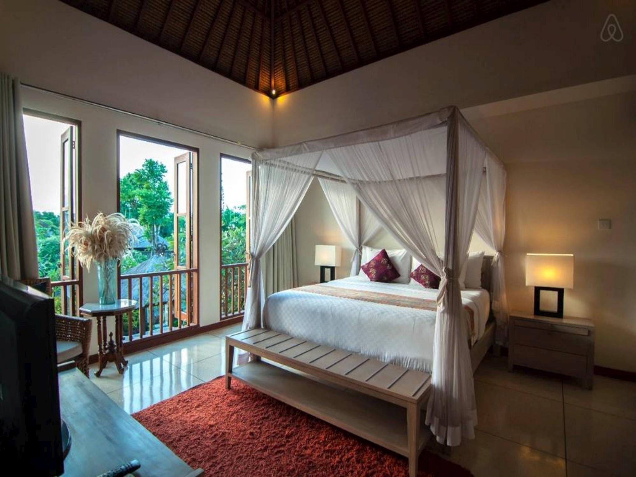 Price 3 BDR Villa Private Pool Close Seminyak