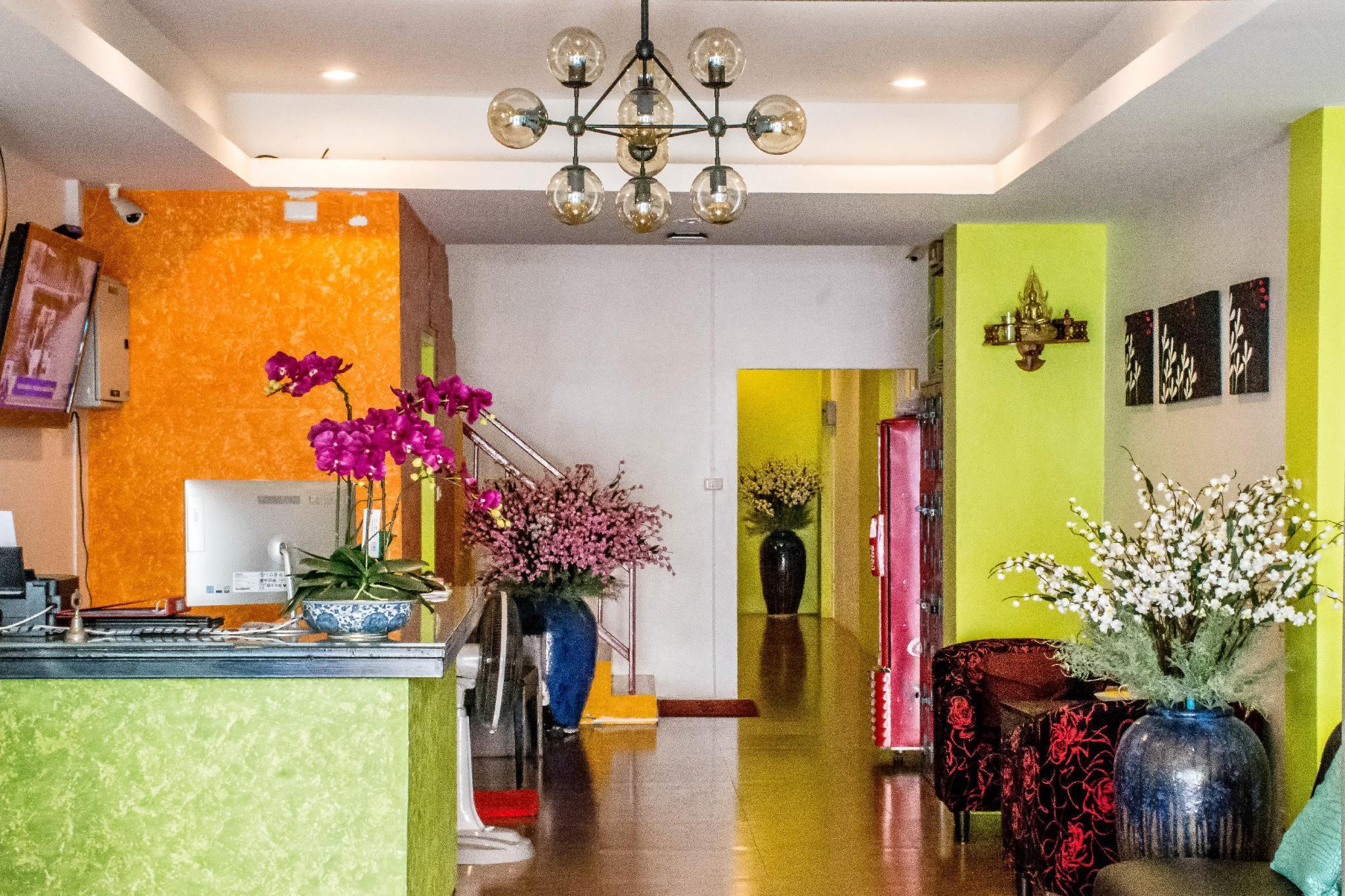 Room22 Phuket Patong
