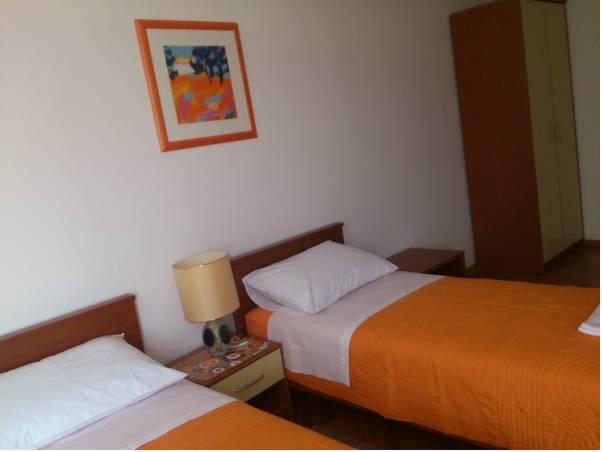 Apartment And Room Zeko