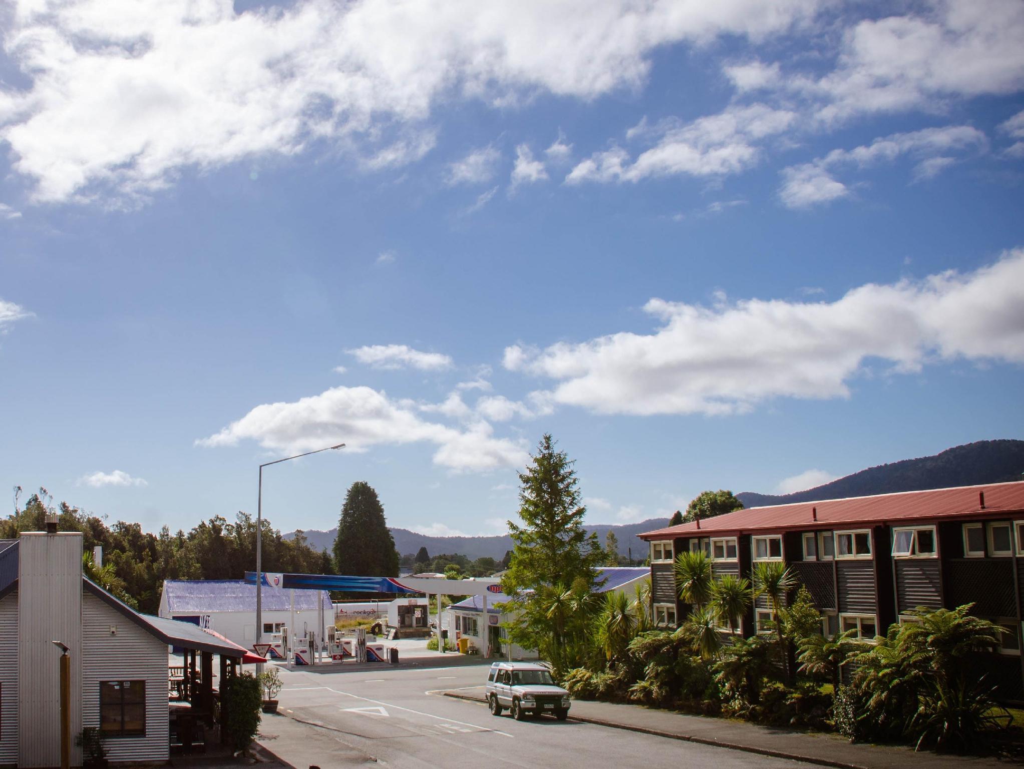 Fox Glacier Pod Hostel And Inn