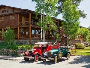 Grand Lake Lodge Hotel
