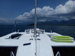 Hot Buoys Floating Gay Resort Yacht ฮอต บอยส์ โฟลตติ้ง เกย์ รีสอร์ต ยอชต์