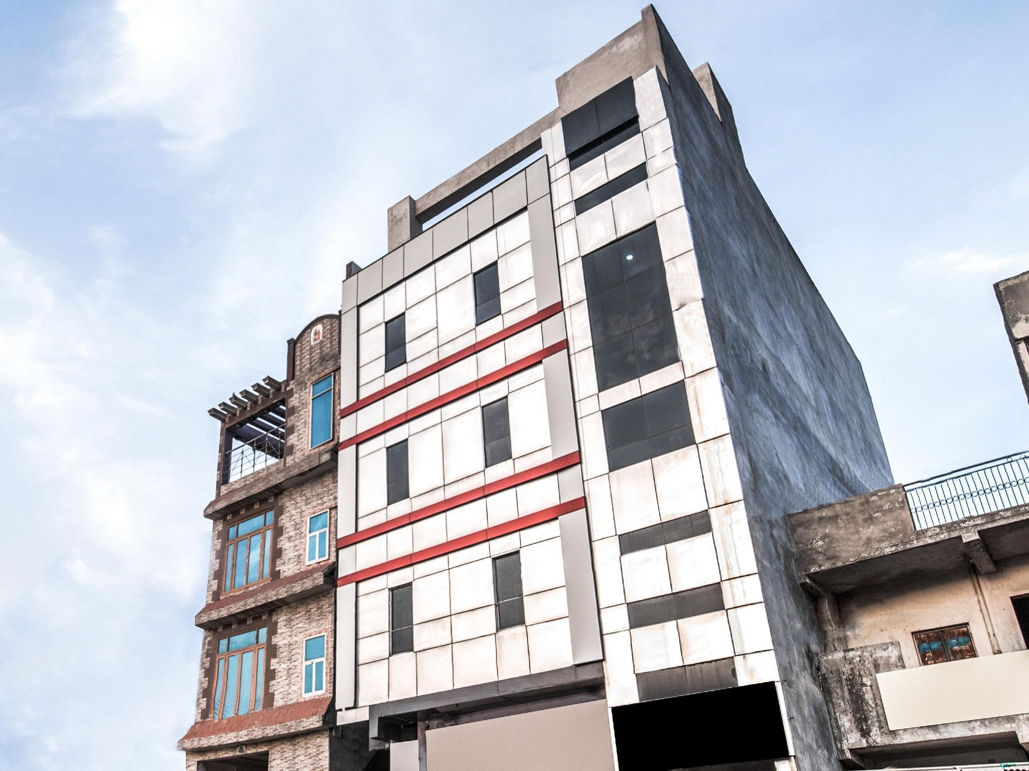 OYO 6340 Hotel Noida