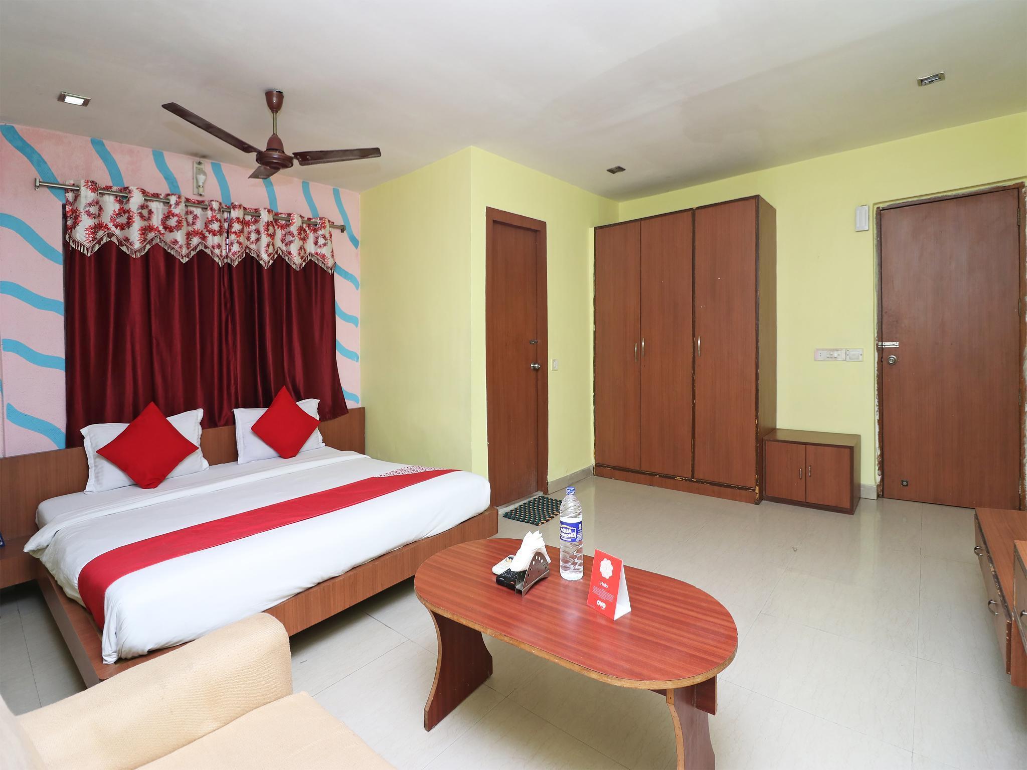 OYO 1764 Hotel Maruti Lodging