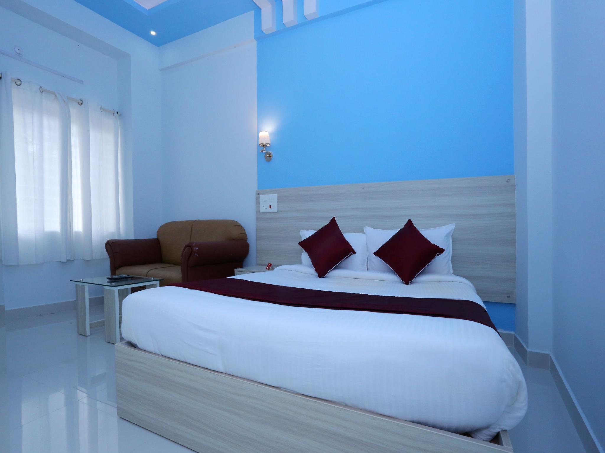 OYO 10151 Hotel Forest Inn