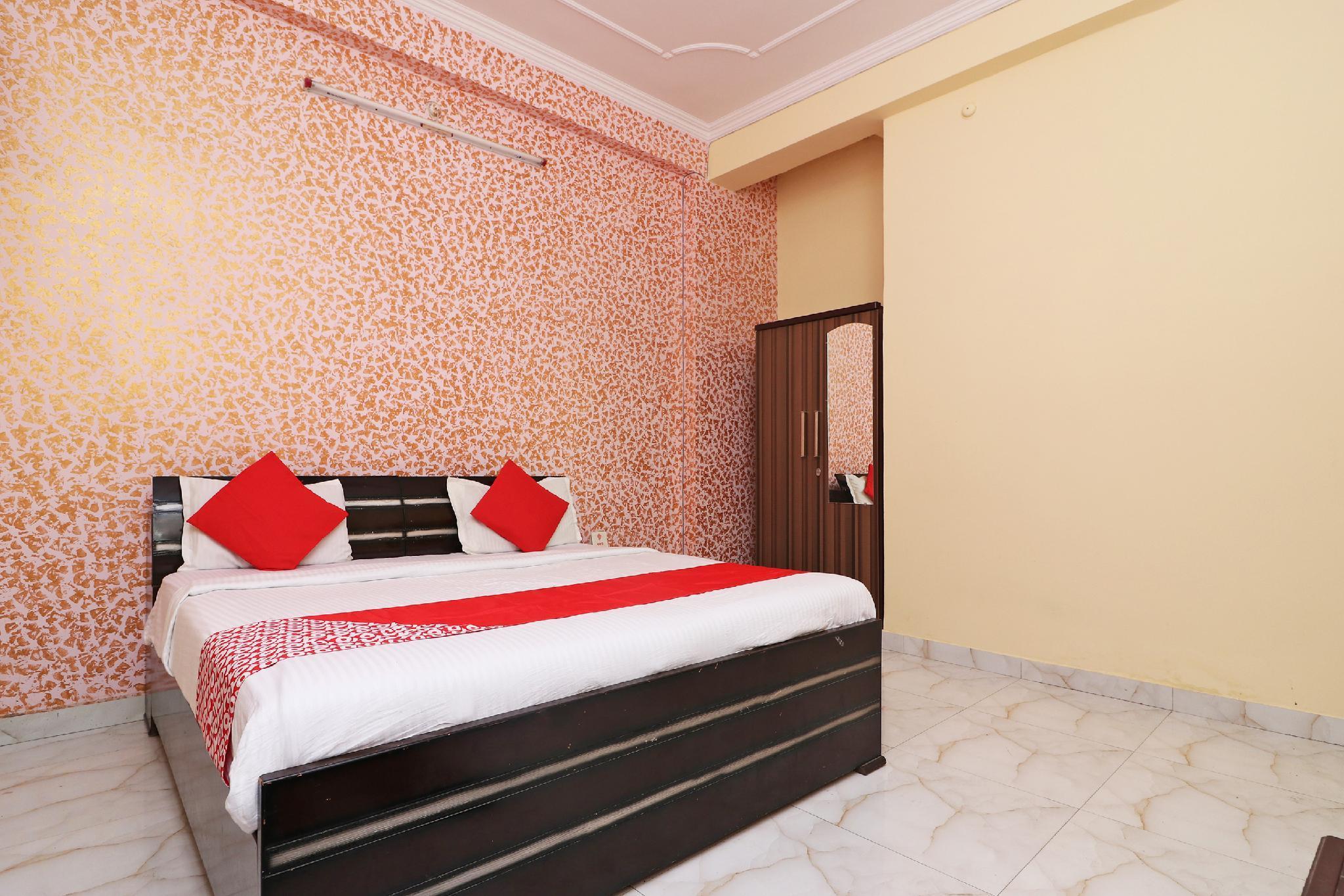 OYO 7441 Gomti Nagar