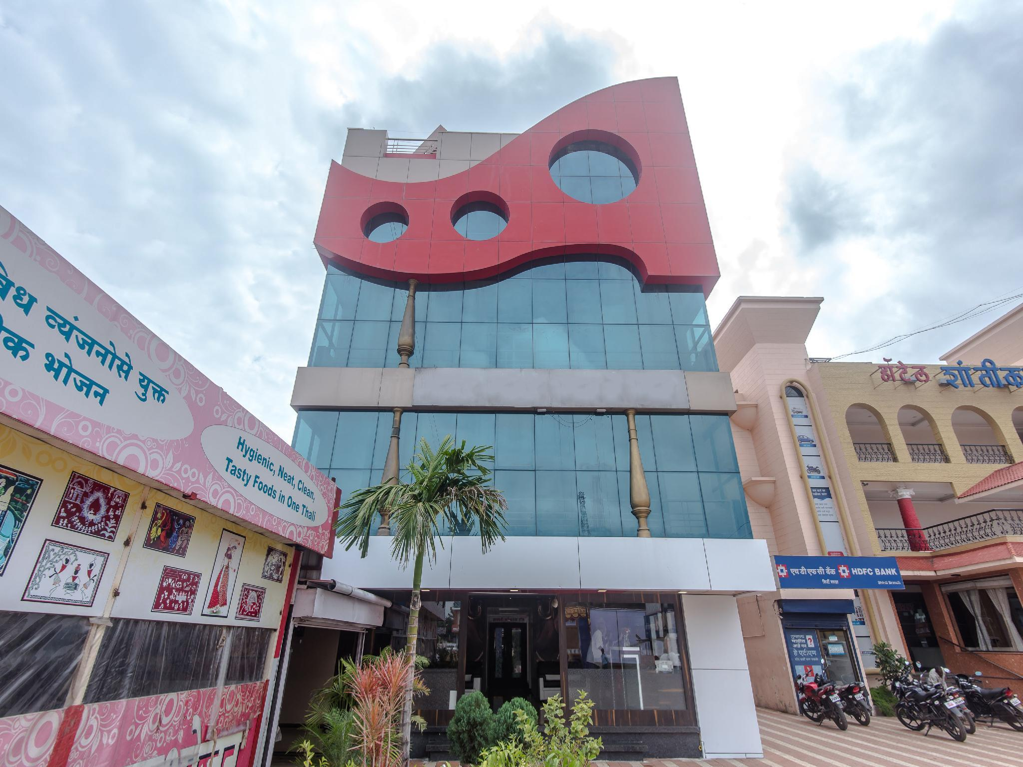 OYO 9501 Hotel Shanti Kamal B N