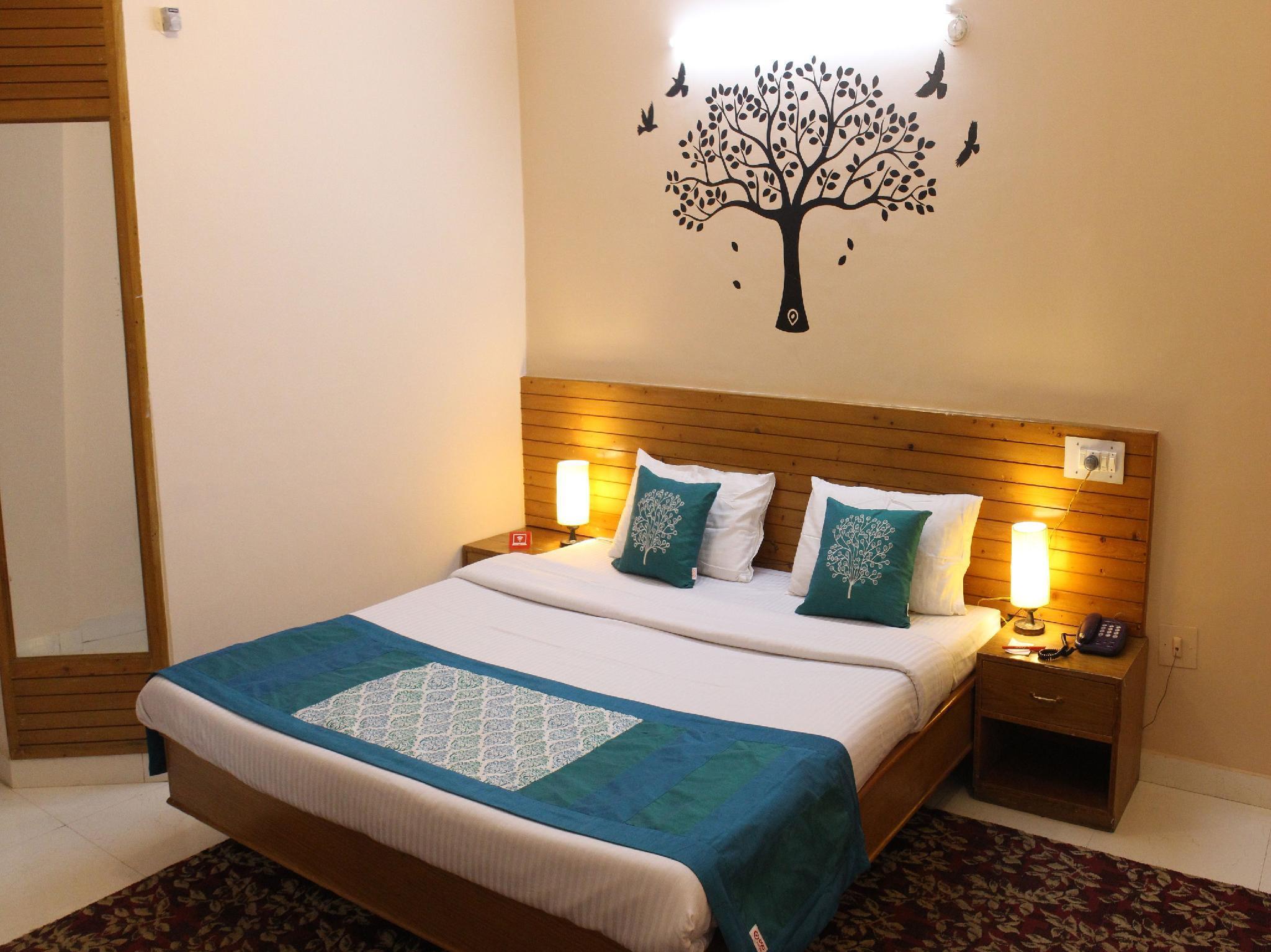 OYO 9648 Hotel Morainic Hills