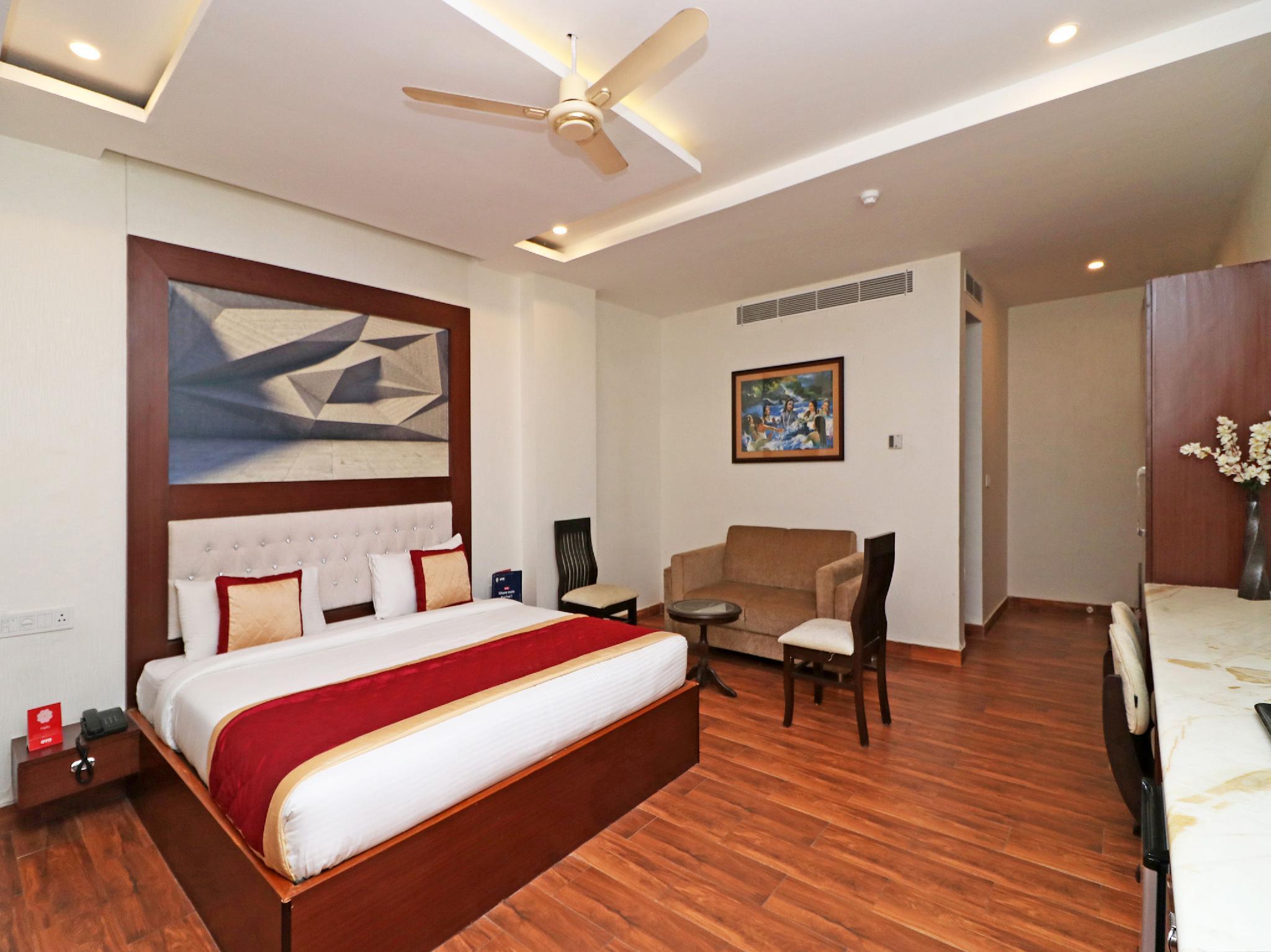 OYO 10431 Hotel Ishanika