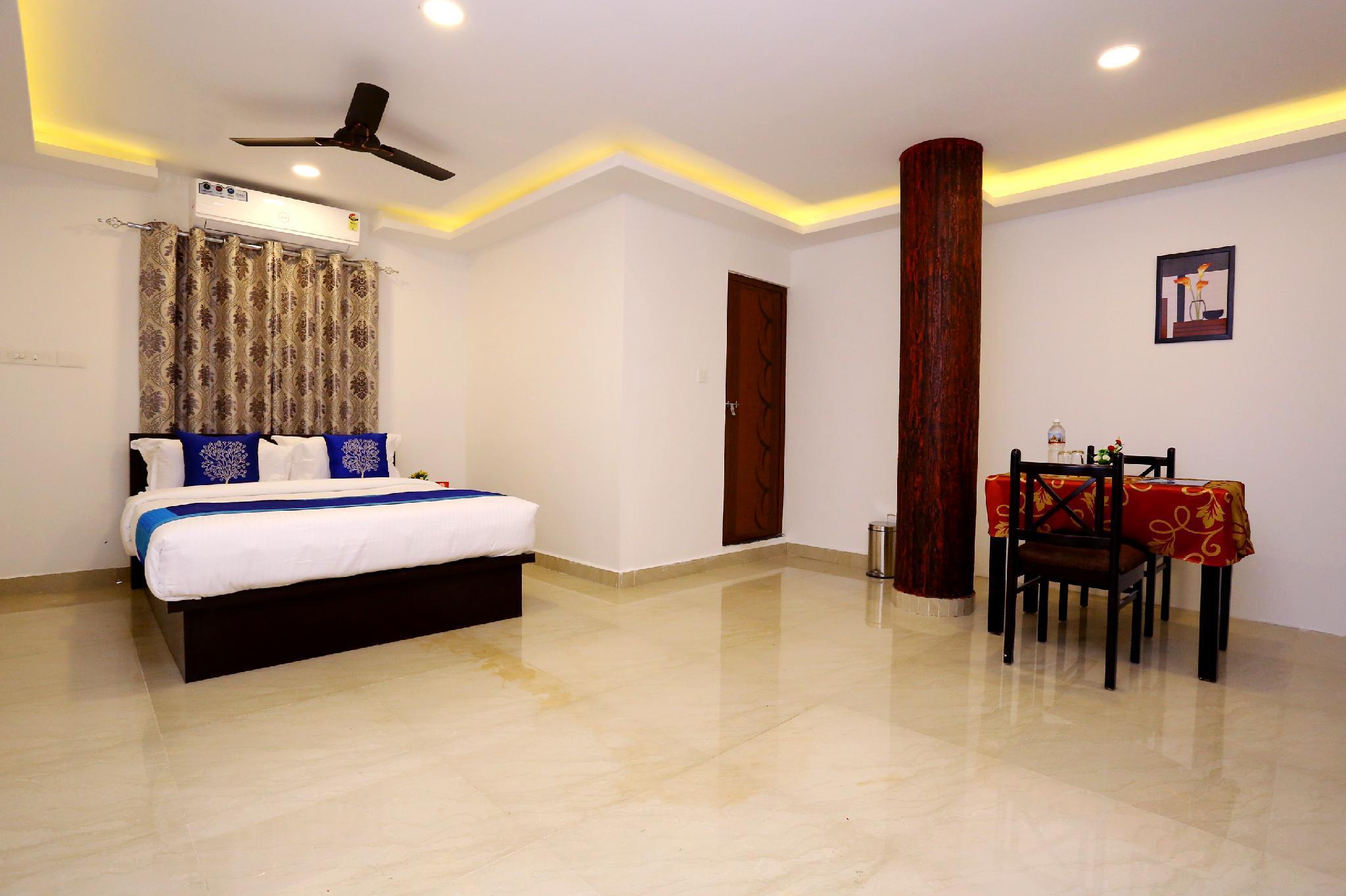 OYO 9620 Hotel Emza Residency