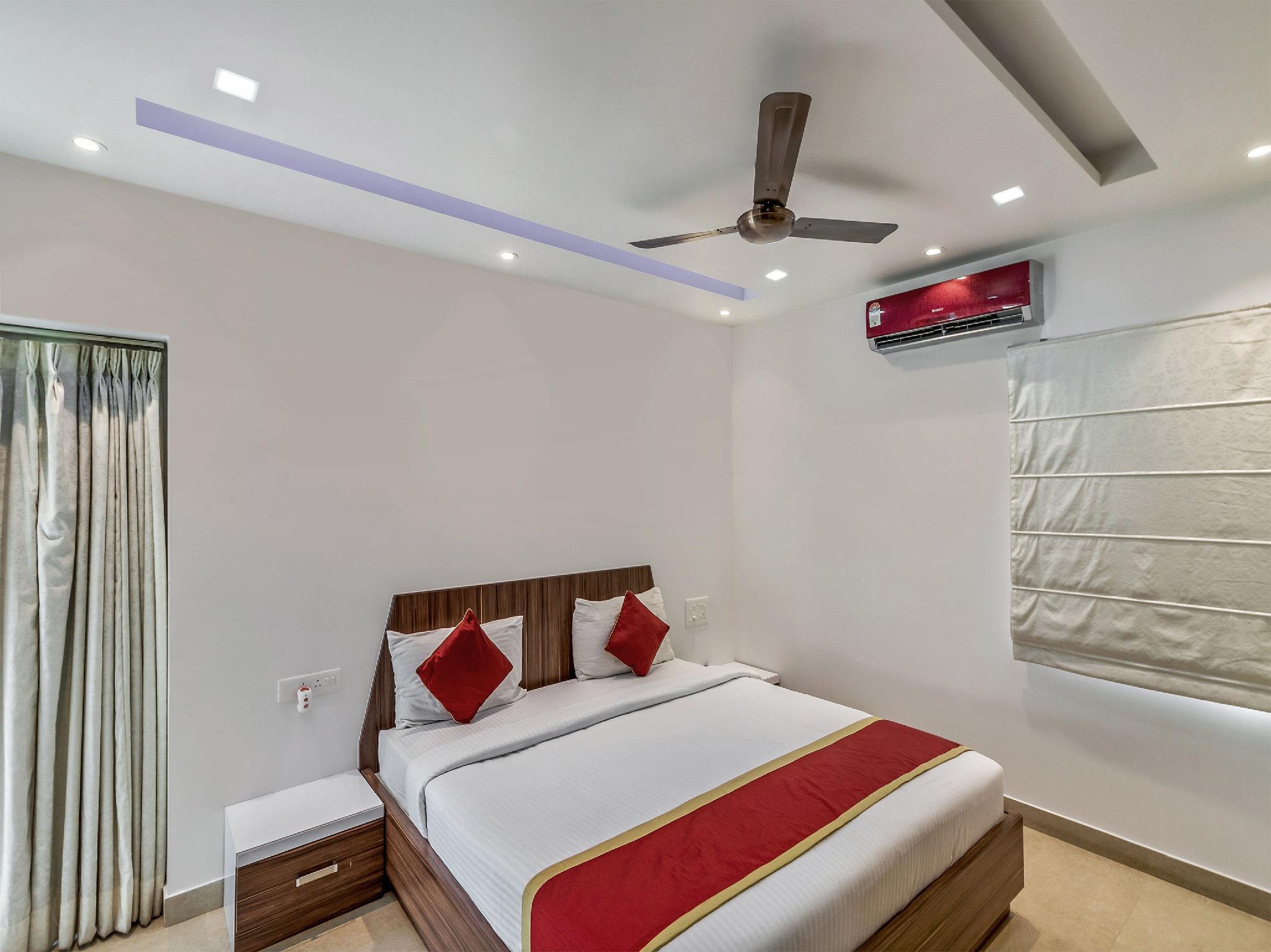 OYO 2132 Aditya Residency