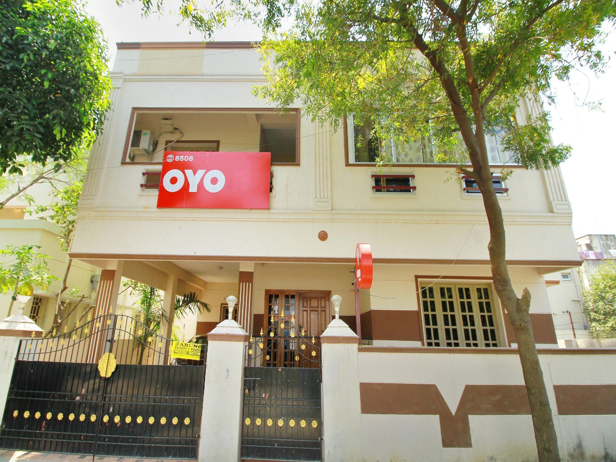 OYO 8508 Heritage Residency