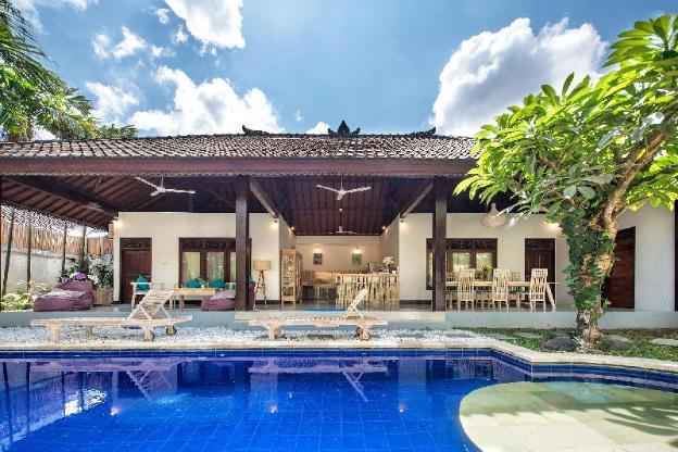 Stylish 2 Bedrooms Villa Private Pool in Seminyak