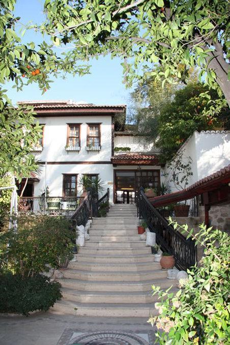 Dogan Hotel