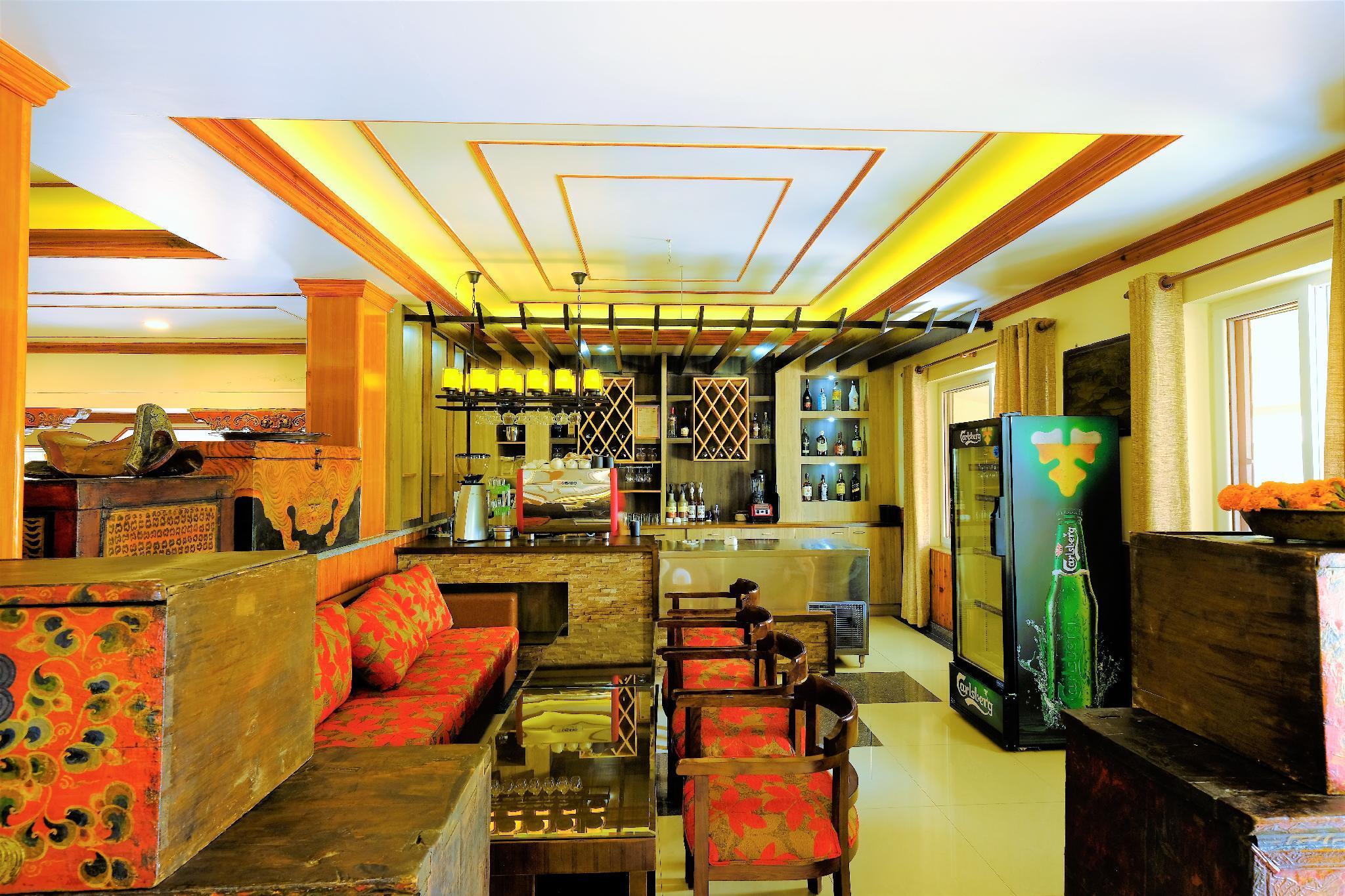 Hotel Mukhum International