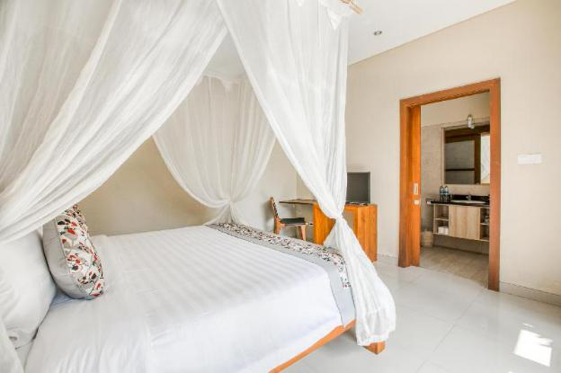 Cozy two-bedroom villa at a competitive rate in an ideal location in Seminyak