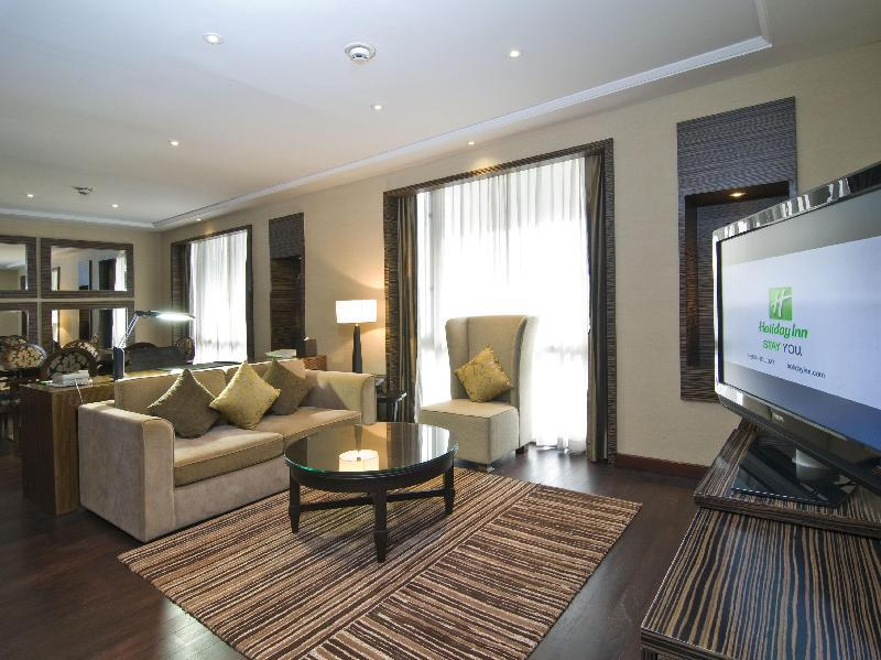 1 Bedroom Executive Suite Smoking - Advance Purchase