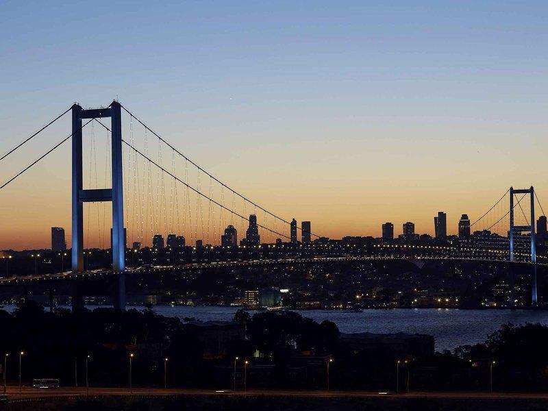 Mercure Istanbul West Hotel & Convention Center