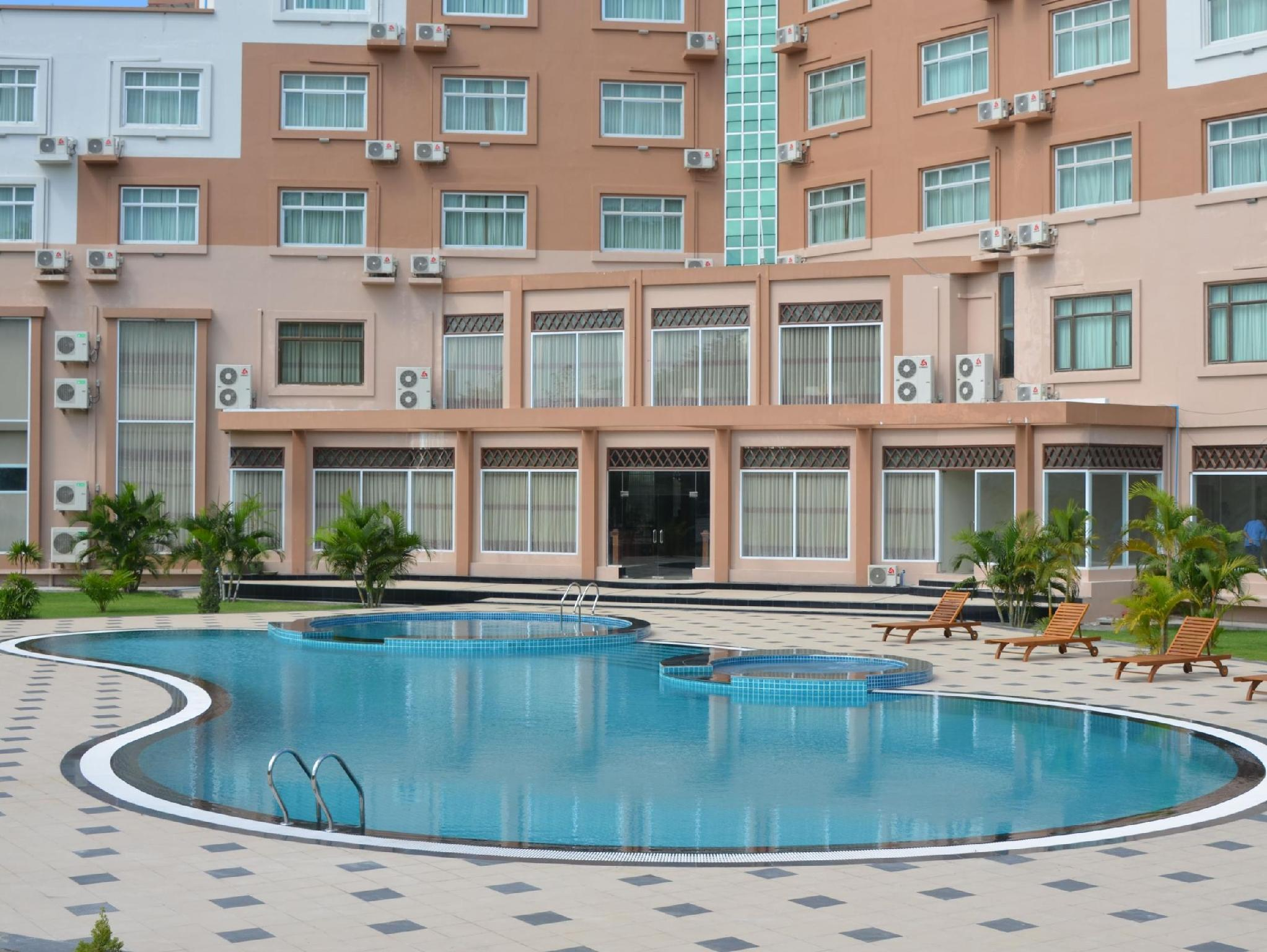 Oattara Thiri Hotel