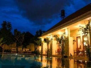 Legian Living Villas