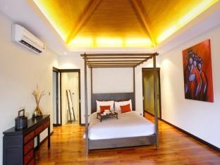 Villa Suksan Nai Harn 5