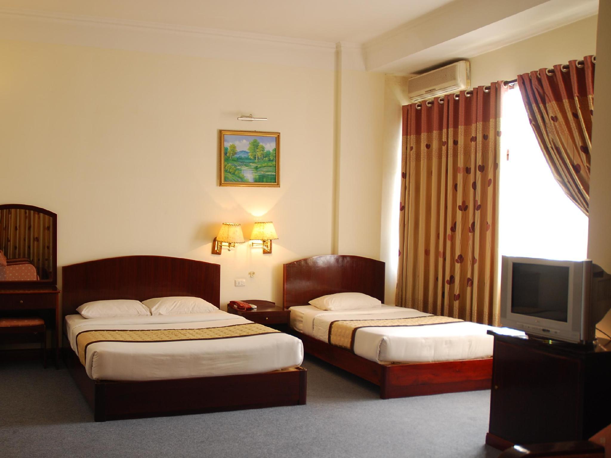 Bach Dang Hotel 2