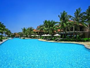 Golden Sand Resort & Spa