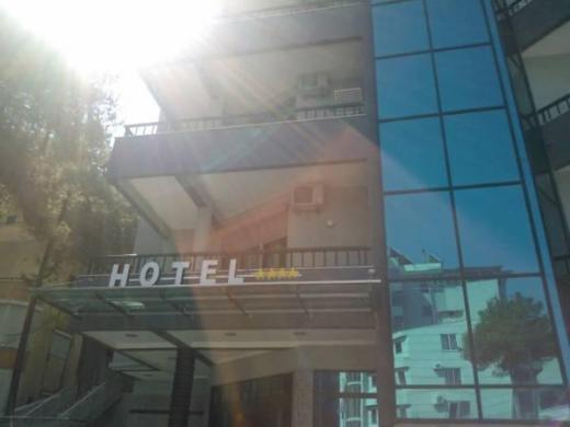 Ylli i Detit Hotel