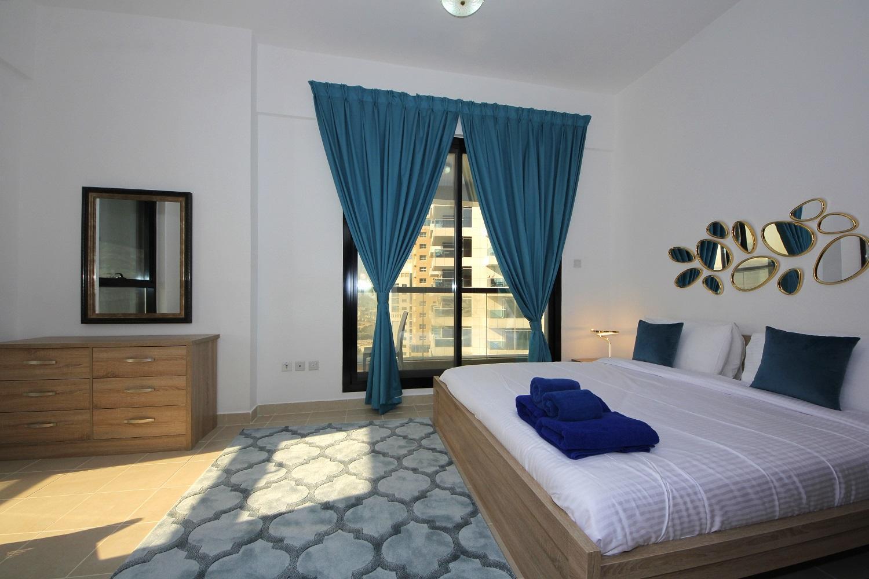 Beautiful One Bedroom In Marina   Escan