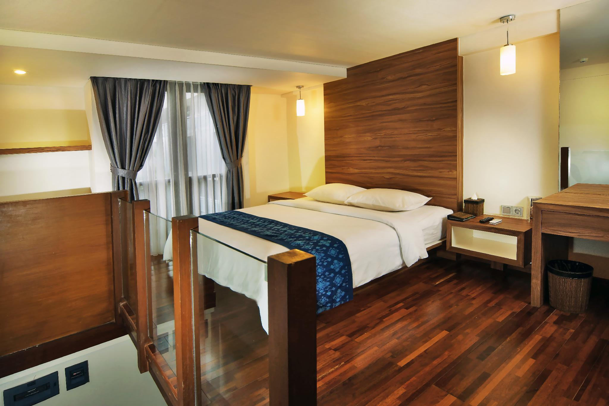 PROMO   2 Storey Hotel Room