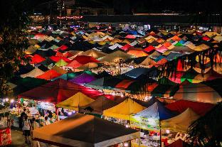 %name The Village A 7 min walk to MRT Phra Ram 9 กรุงเทพ