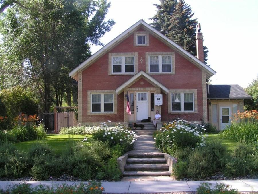 Robins Nest Bed And Breakfast
