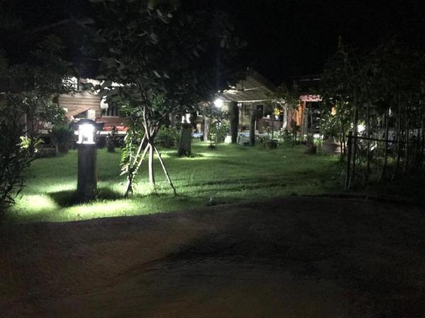 Baan Suan Rabieng Tung @ Doi Lo Chiang Mai