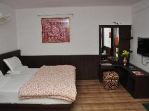 Travellers Paradise Guest House