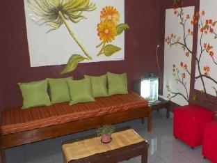 Pinisi Hostel