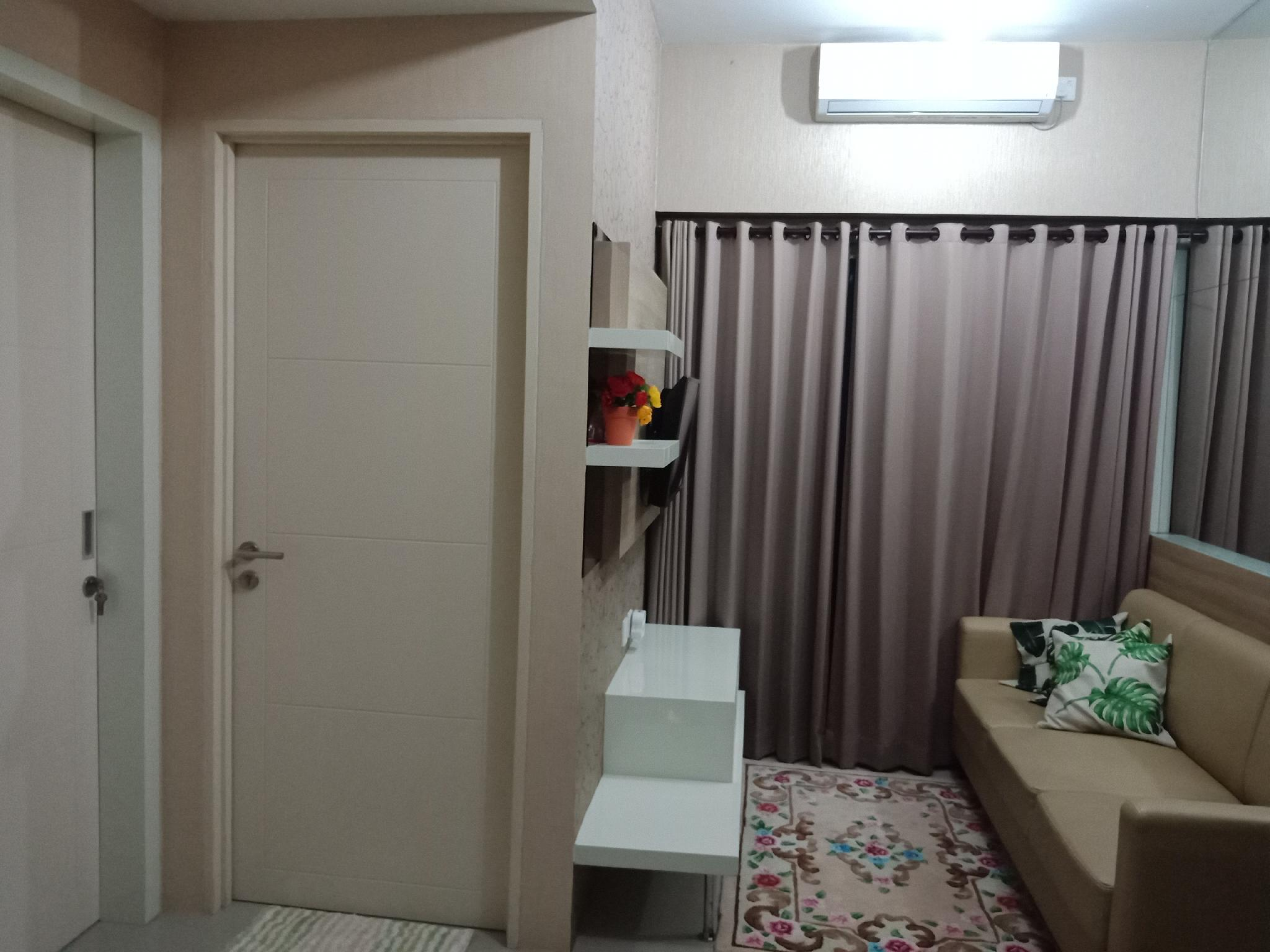 2 Bedrooms Apartment Right Above The Supermall
