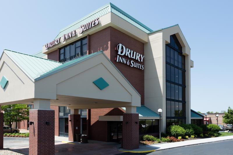 Drury Inn And Suites Kansas City Airport
