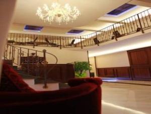 Lanfipe Palace Guest House
