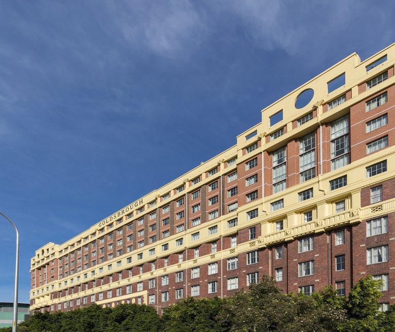 Oaks Goldsbrough Apartments