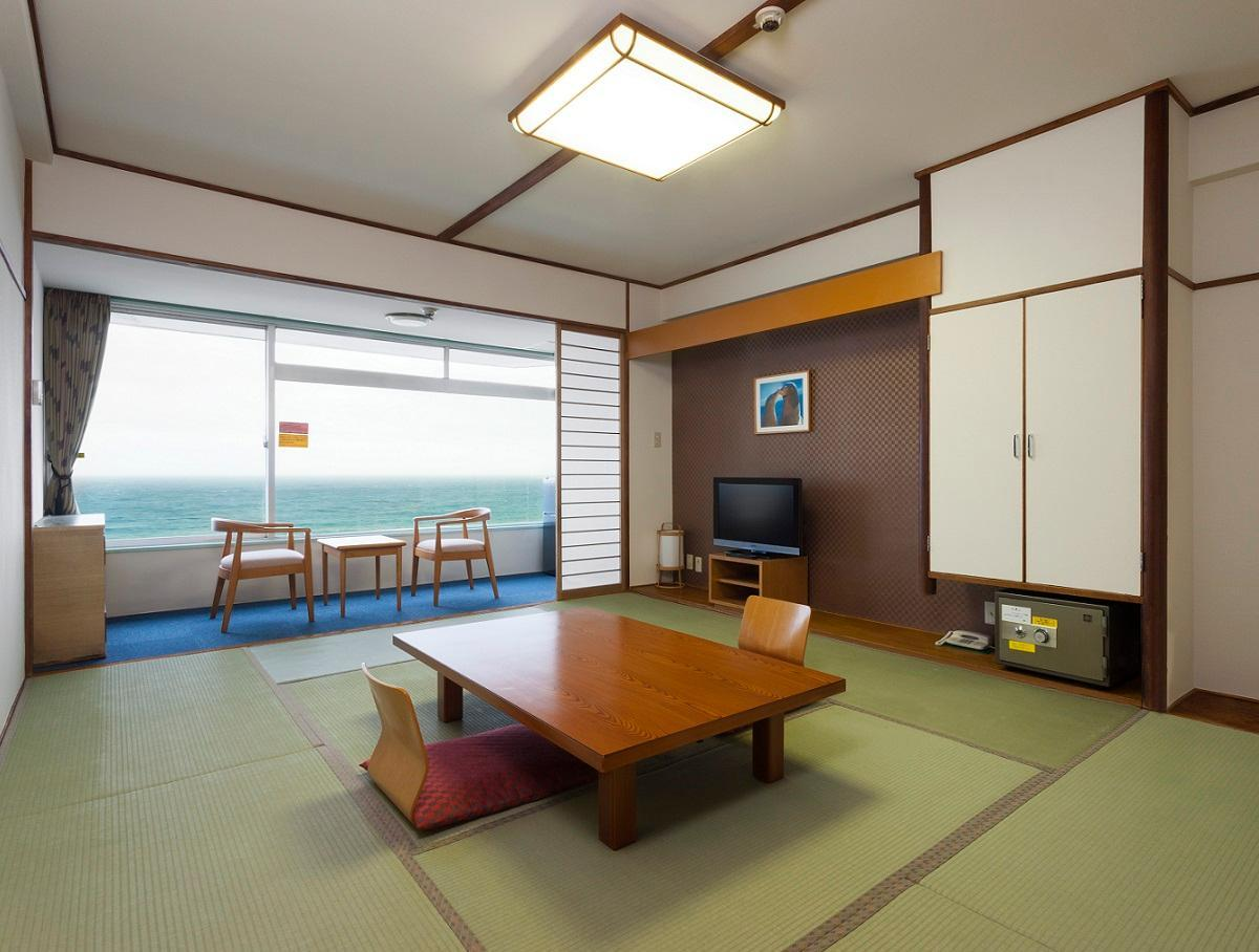 Kamogawa Sea World Hotel 2