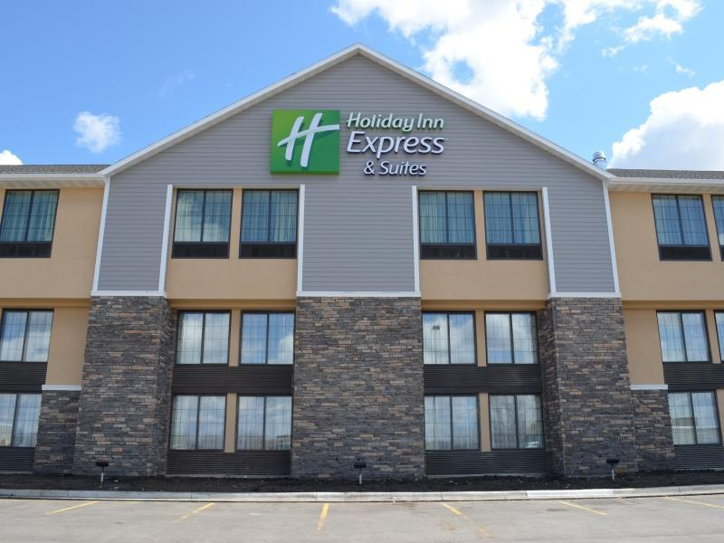 Holiday Inn Express And Suites Willmar